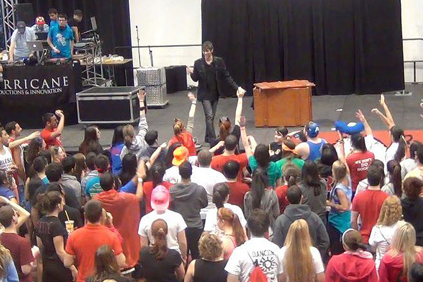 show for college events Eric Wilzig magician illusionist mentalist magic show