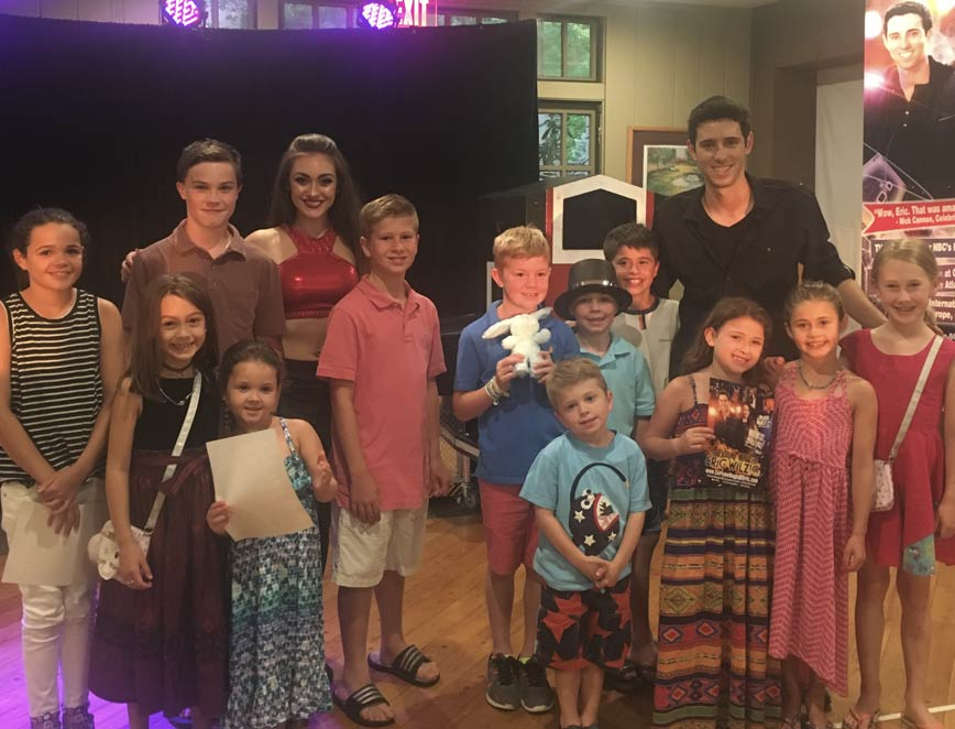 birthday parties show for kids adults magic show Eric Wilzig