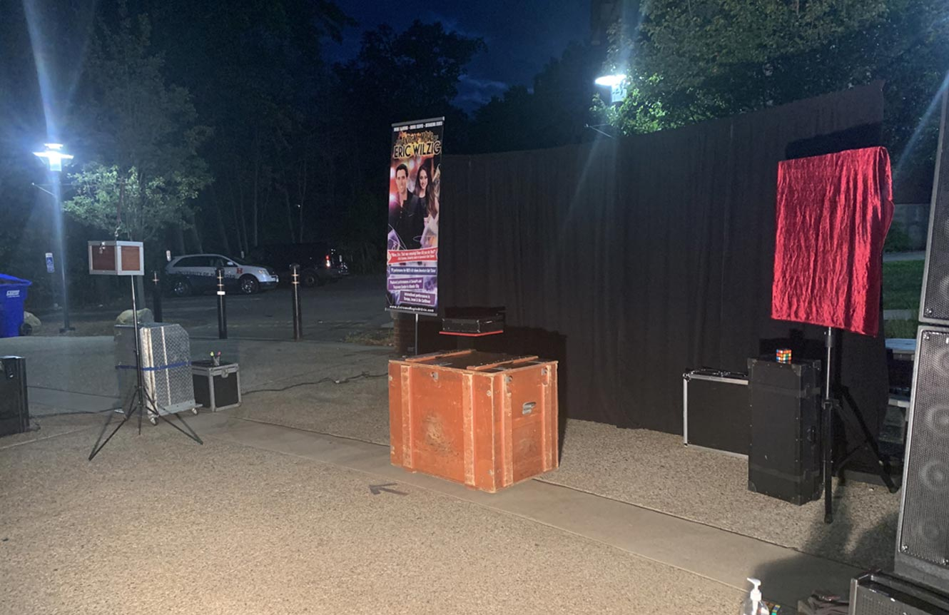 magic illusion show for any venue Eric Wilzig Nyc long island Connecticut magician